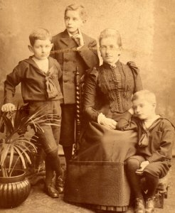 unknown family group, ca 1892