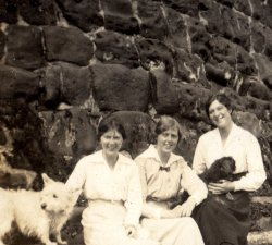 Doris and Mabel Highley, A.Hirst Sandsend, August 1915