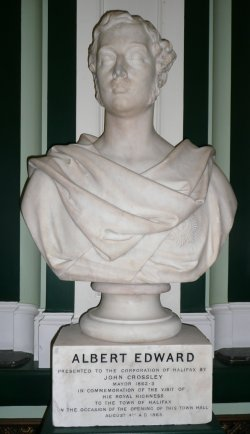 Statue of Prince Albert Edward in Pride of Place in Halifax Town Hall, 9 Sept 2008
