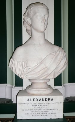 Statue of Princess Alexandra in Pride of Place in Halifax Town Hall, 9 Sept 2008